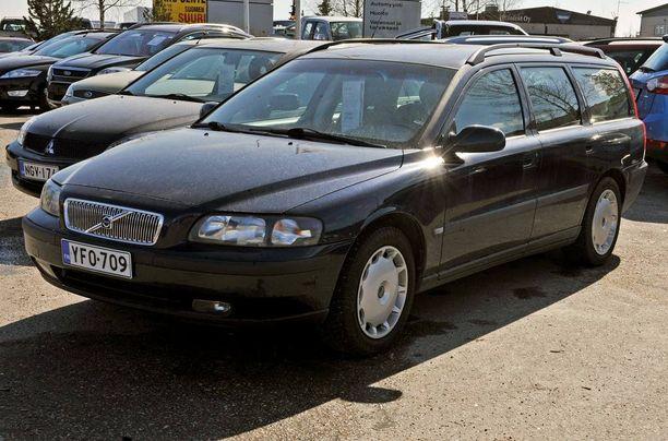 Käytettyjen autojen kaupoista syntyy usein riitoja, joita viedään käräjille tai kuluttajariitalautakuntaan.