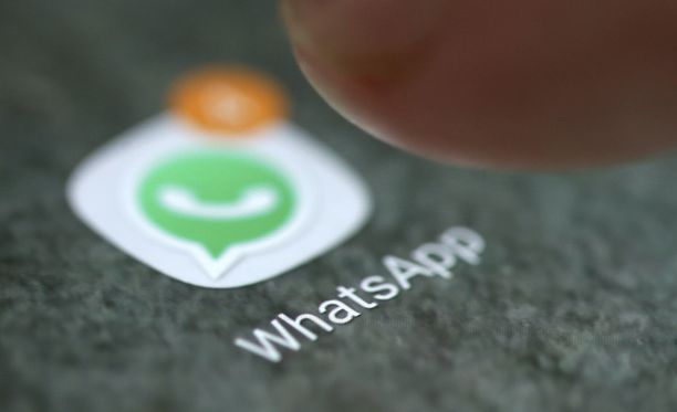 Whatsapp uudistaa ryhmäkeskusteluja.