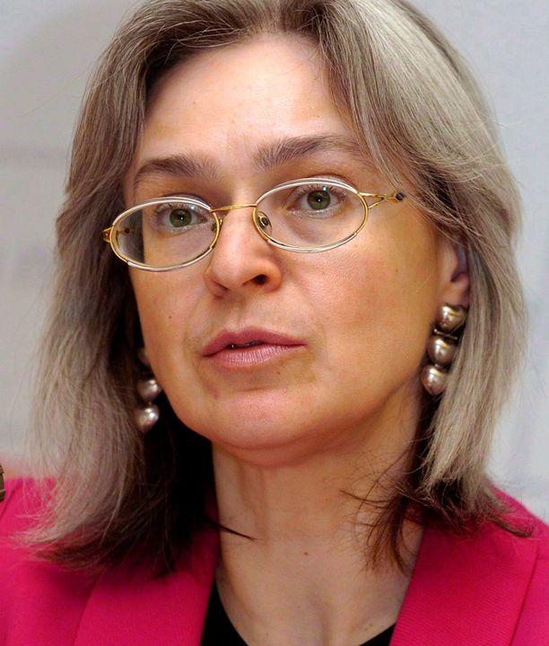 Anna Politkovskaja väijytettiin kotitalonsa hississä.
