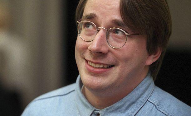 Linus Torvalds vuonna 1999 seminaarissa Helsingissä.