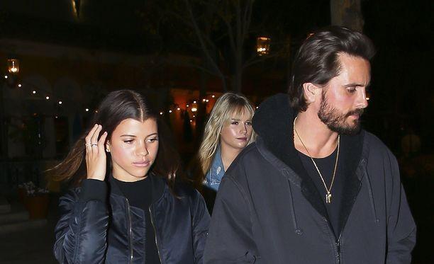 Sofia Richie ja Scott Disick eivät piilottele parisuhdettaan.