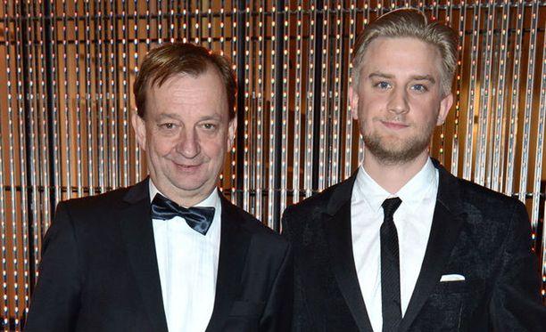 Hjallis ja Joel Harkimo ovat yhteydessä toisiinsa päivittäin.