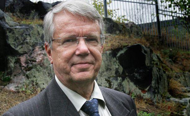 Ex-diplomaatti, historioitsija Jukka Seppinen pitää iskua Syyrian ohjusiskua onnistuneena sekä sotilaallisesti että poliittisesti.