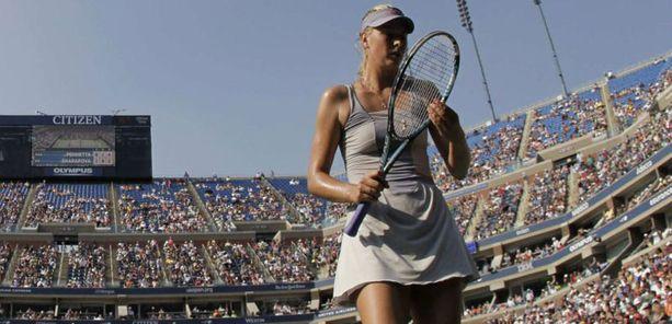 Sharapova hävisi ensimmäistä kertaa kauden aikana kolmen erän kamppailun.