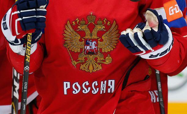 Venäläistoimittajan mukaan myös jääkiekkoilijoiden näytteitä on väärennetty.
