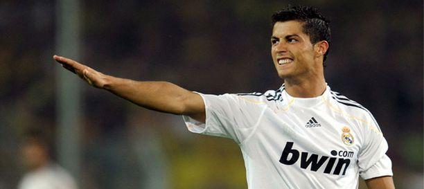 Cristiano Ronaldo pelaa nykyään espanjalaisseura Real Madridissa.