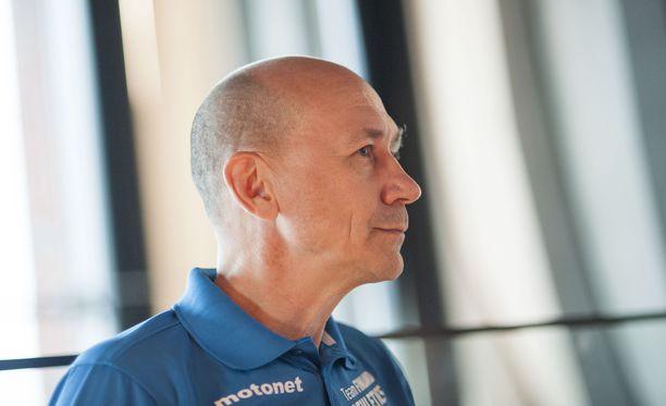 SUL:n valmennusjohtaja Jorma Kemppainen sai lähteä.
