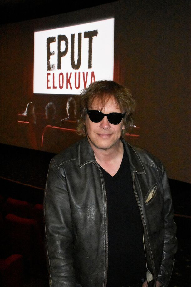 Martti Syrjä iloitsee siitä, että Eppu Normaali saa vihdoin arvoisensa elokuvan.