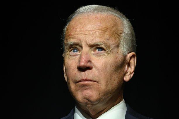 Kaikki tuntevat pitkään politiikassa toimineen Joe Bidenin, mutta se ei tee hänestä vahvaa presidenttiehdokasta.