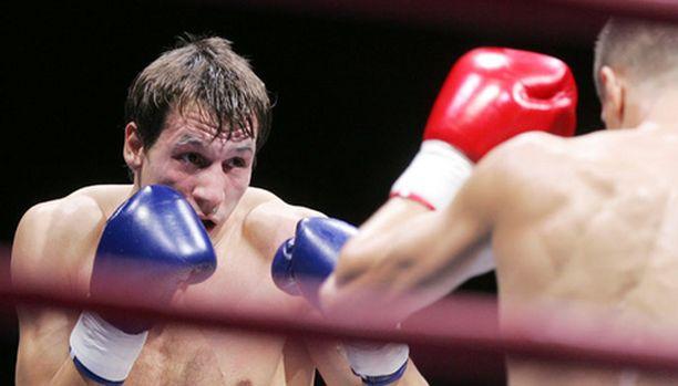 Amin Asikainen on Suomen suurin nyrkkeilytähti.