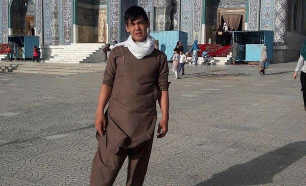 Tuttavan mukaan Afganistaniin palautettu Jan ei täysin ymmärrä, mitä on tapahtunut. Kuva on otettu heti hänen paluunsa jälkeen.