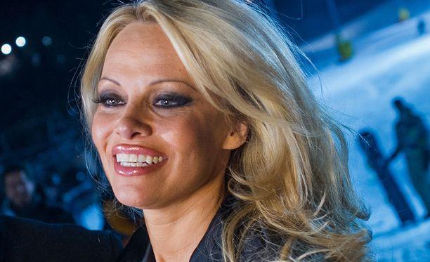 Pamela Anderson on saanut roolin musiikkivideolta.