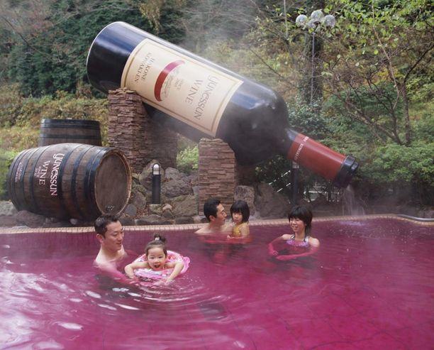 Tällä tavalla koko perhe voi nauttia viinistä.