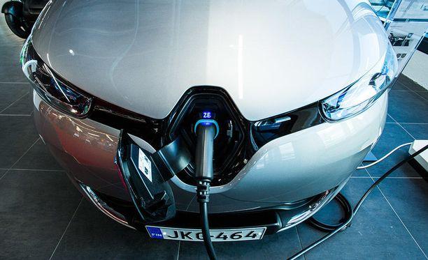 Renault ZOE tulee todennäköisesti olemaan yksi tämän vuoden myydyimmistä sähköautoista. Euroopassa se on jo markkinajohtaja.