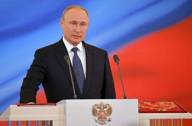 Vladimir Putin astui uudelle kaudelle Venäjän presidenttinä.