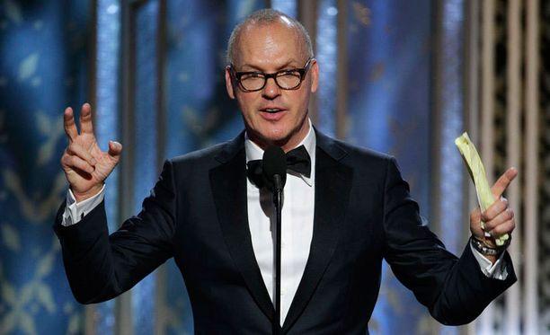 Michael Keaton esittää Birdmanissa miestä, joka on menneisyydessään näytellyt menestyvissä supersankarielokuvissa. Aivan kuin Keaton itse Batmanina.