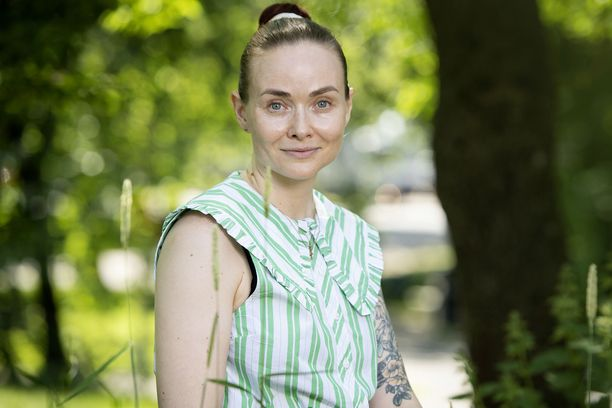 Holistisen kauneuden lähettiläs Katja Kokko opettaa nyt suomalaisille kosmeettista gua sha'ta.