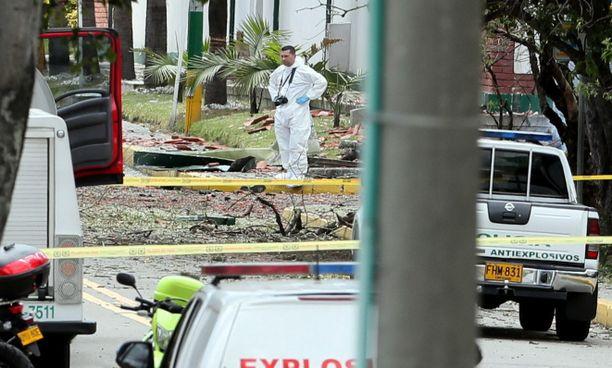 Arviolta 80 räjähdekiloa sisältänyt autopommi surmasi ainkin 20 ihmistä.