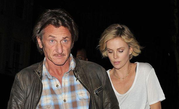 Charlizen ja Sean Pennin uskotaan avioituvan lähitulevaisuudessa.