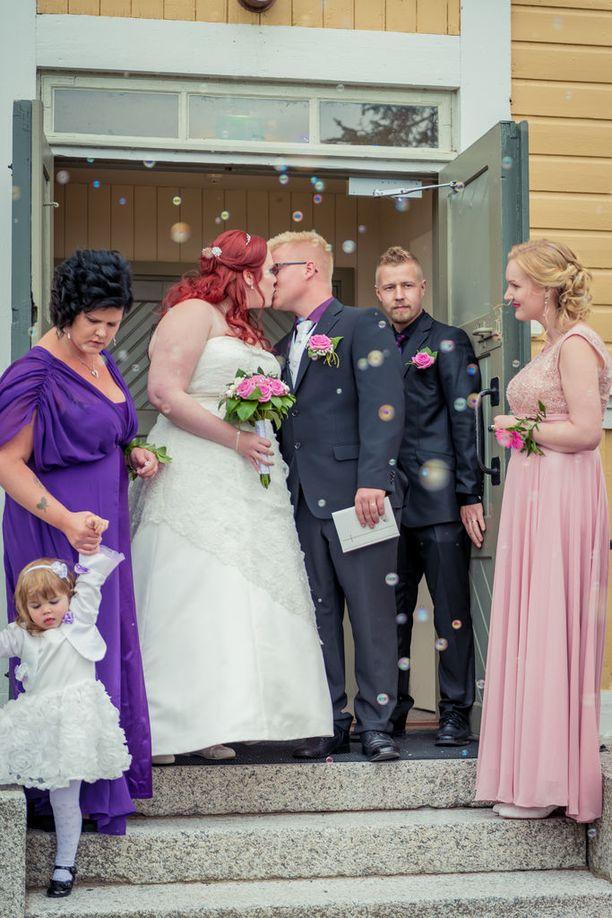 Annukka ja Jukka eivät aikailleet vakiintumisen kanssa.