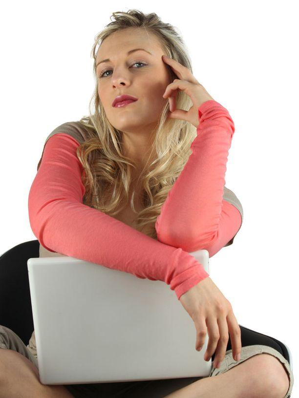 Narsismi, ylemmyydentunto ja muilta täydellisyyttä odottava perfektionismi kulkevat usein käsi kädessä.