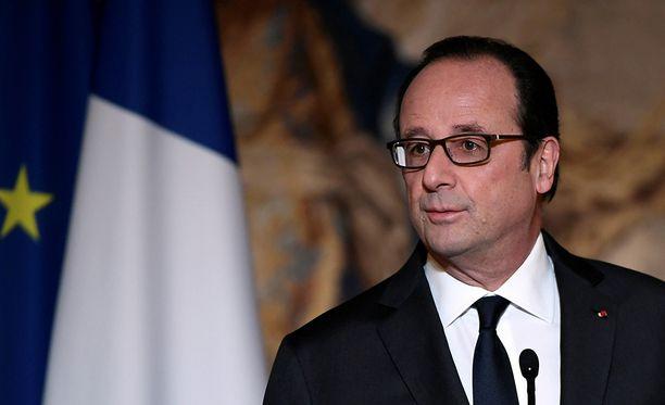 Francois Hollande ilmoitti päätöksestään torstai-iltana.