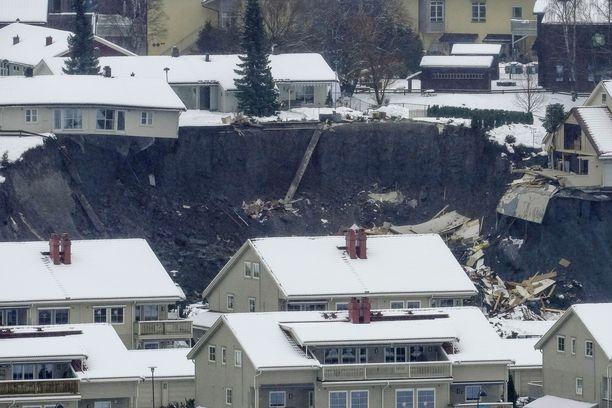 Norjan maanvyöryn seurauksena noin 700 ihmistä on evakuoitu kodeistaan.