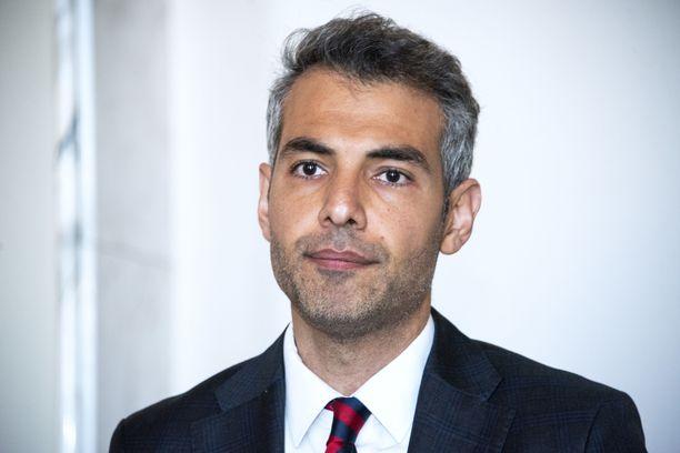 SDP:n ensimmäisen kauden kansanedustaja Hussein Al-Taee jäi sairauslomalle toukokuun alussa.