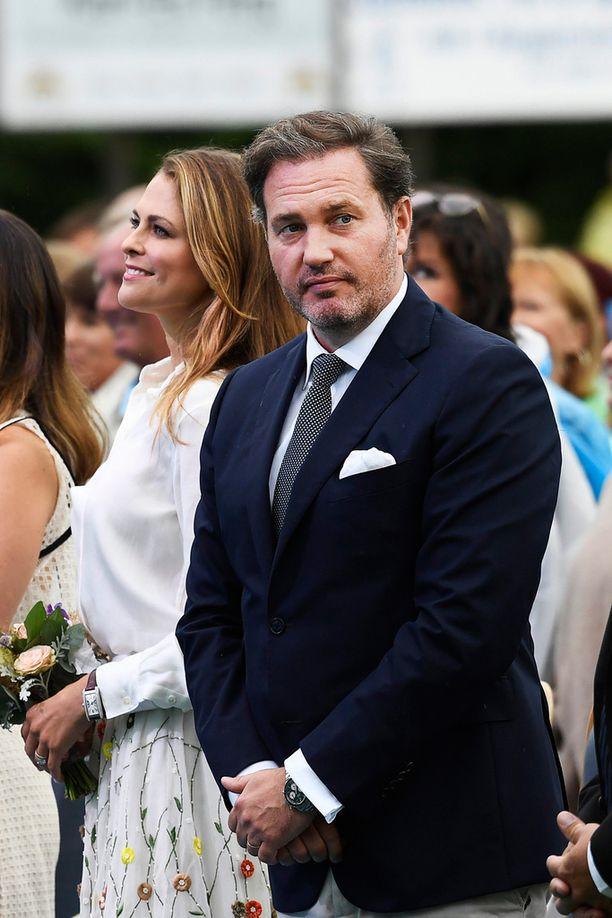 Madeleine ja Chris vihittiin kesäkuussa 2013.