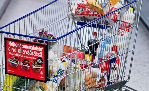Ruokakauppa keskittyy Suomessa entistä vahvemmin Keskolle ja S-ryhmälle.