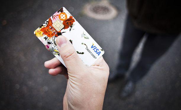 Laite kopioi pankkikorttien tietoja.
