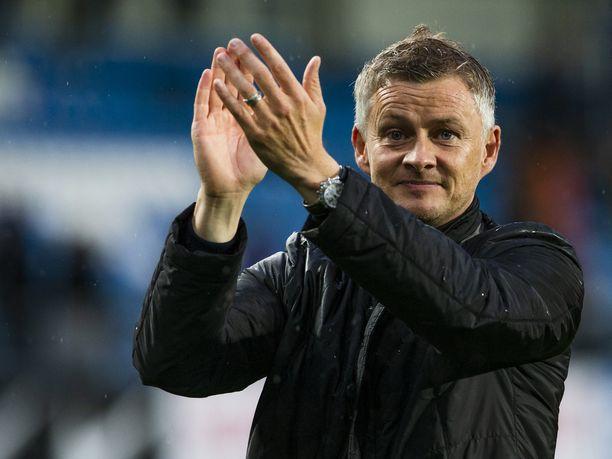 Ole Gunnar Solskjär luotsaa surkean alkukauden pelannutta Manchester Unitedia ensi kevääseen saakka.