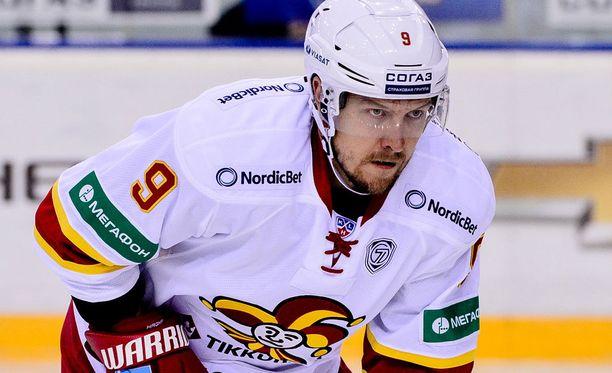 Niklas Hagman pelaa lauantaina kauden ensimmäisen ottelunsa.