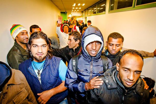 Suomeen saapuneita turvapaikanhakijoita Torniossa syyskuussa.