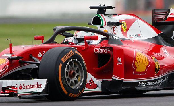 Sebastian Vettelin Ferrarissa testattiin tänään uutta Halo 2 -lisäosaa.
