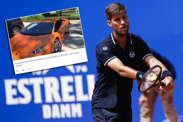 Martin Kližan pitää kiinni Lamborghinistaan.