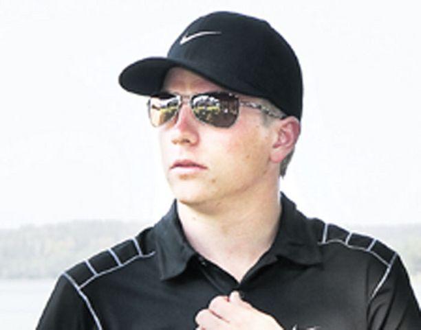 KURKO Kimi Räikkönen on jo uransa tässä vaiheessa tienannut suomalaisista autourheilijoista eniten.