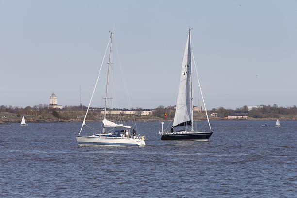 Uusi vesiliikennelaki astui voimaan 1.6.2020.