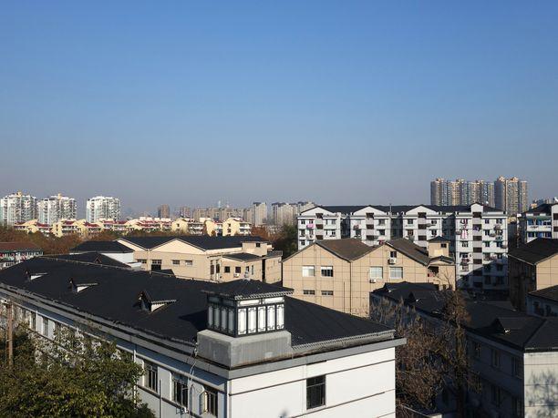 Huanjing teki tuhopolttonsa Hangzhoun kaupungissa Itä-Kiinassa.