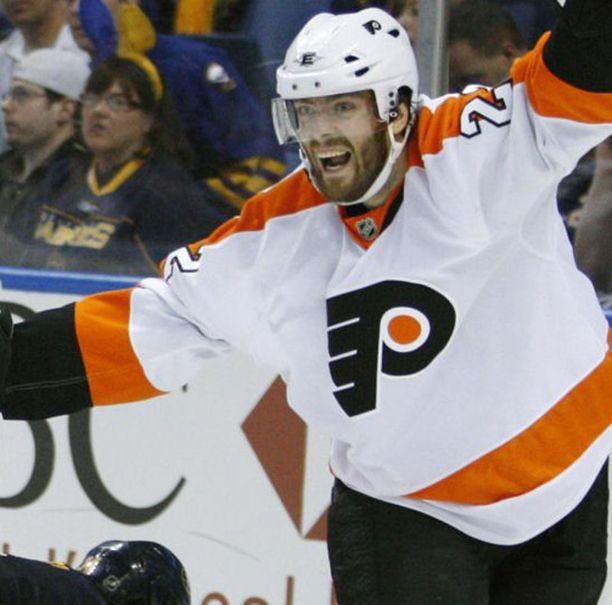 Ville Leinon NHL-kausi päättyi, kun Boston pudotti Philadelphian.