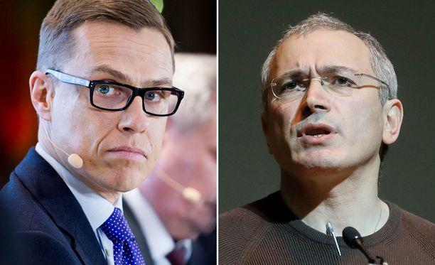 Pääministeri Alexander Stubb (kok) ja Putin-kriitikkona tunnettu Mihail Hodorkovski tapasivat toisensa aprillipäivänä.