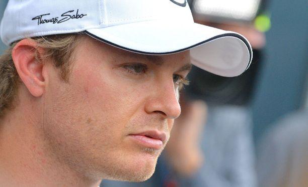 Nico Rosbergin mukaan Mercedeksellä ollaan hieman huolissaan Ferrarin vauhdista.