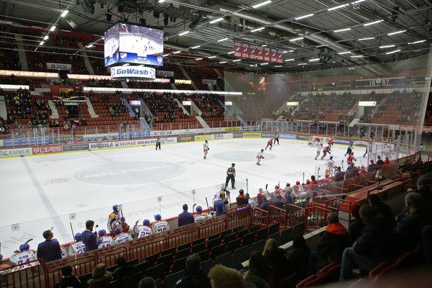 HIFK:n otteluja siirrettiin.