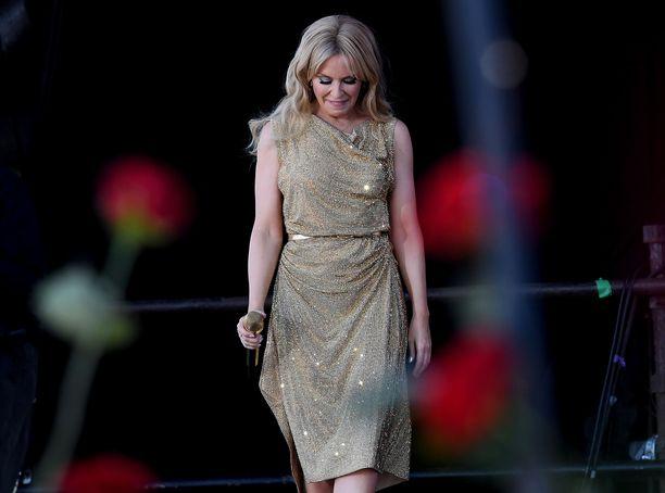 Kylie Minoguelle Glastonburyn lavalle nouseminen oli tunteikas kokemus.