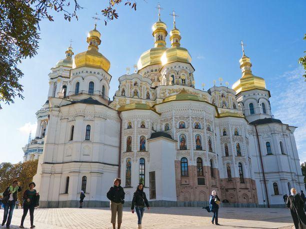Katedraali Pecherskin Lavra -luostarialueella.