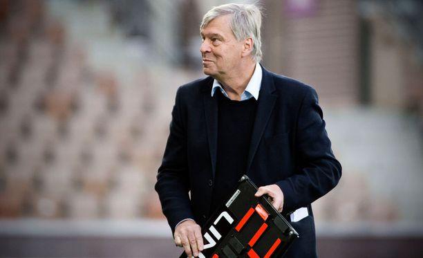 HJK:n joukkueenjohtaja Markku Peltoniemi tietää, miten Suomen cup voitetaan.
