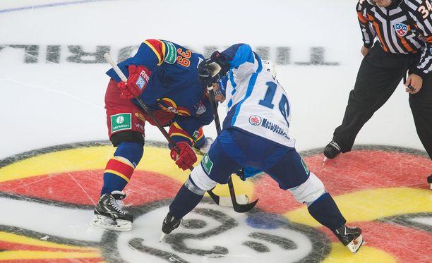 KHL-tuomareilla on tiukka linja.