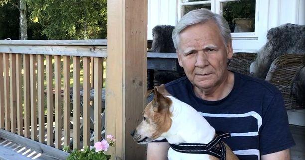 Magnus Krusen syöpä saatiin nopeasti kuriin Suomessa. Ruotsissa hoidon hidas eteneminen olisi voinut maksaa hänen henkensä.