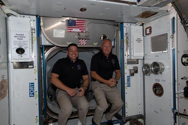 Astronautit Bob Behnken ja Doug Hurley palaavat pian takaisin Maan pinnalle.