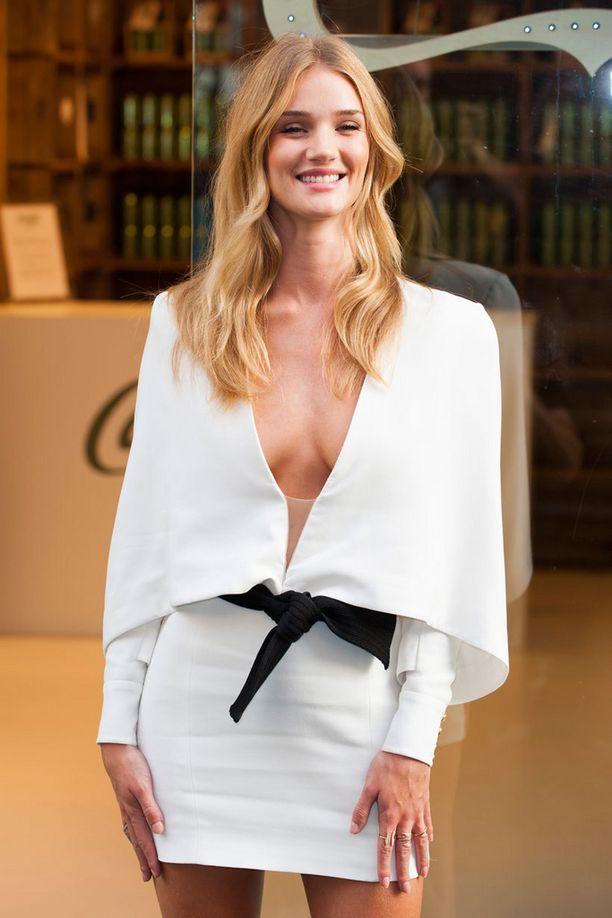 Rosie Huntington-Whiteley on yksi viime vuosien menestyneimpiä malleja.